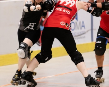 Thorsten-Lasrich-RuhrPott-Roller-Girls-vs-Harbor-Girls-Hamburg-13