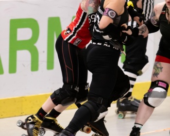 Thorsten-Lasrich-RuhrPott-Roller-Girls-vs-Harbor-Girls-Hamburg-18