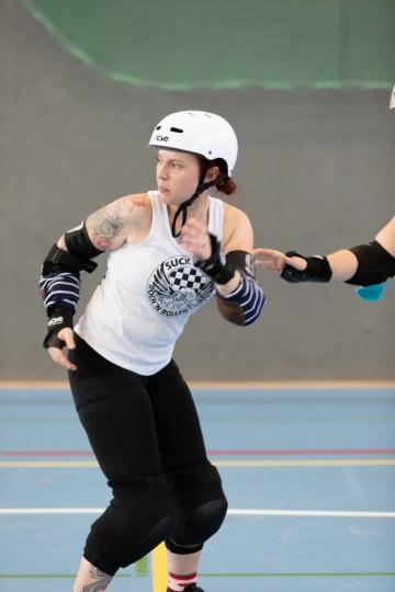 Thorsten-Lasrich-Demolition-Derby-Dolls-Hannover-vs-Suck-City-Rockn-Roller-Dolls-Breda-77