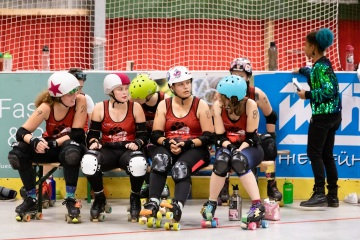 Thorsten-Lasrich-RuhrPott-Roller-Girls-vs-Blockforest-Roller-Derby-105