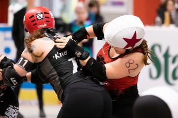 Thorsten-Lasrich-RuhrPott-Roller-Girls-vs-Blockforest-Roller-Derby-111