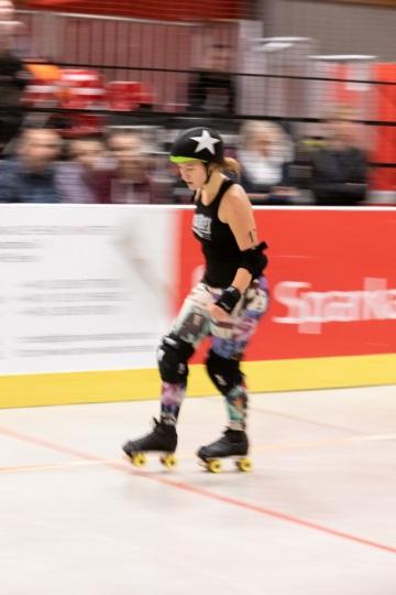 Thorsten-Lasrich-RuhrPott-Roller-Girls-vs-Blockforest-Roller-Derby-119