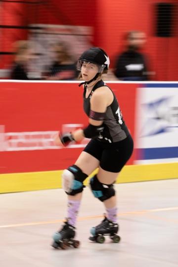 Thorsten-Lasrich-RuhrPott-Roller-Girls-vs-Blockforest-Roller-Derby-123