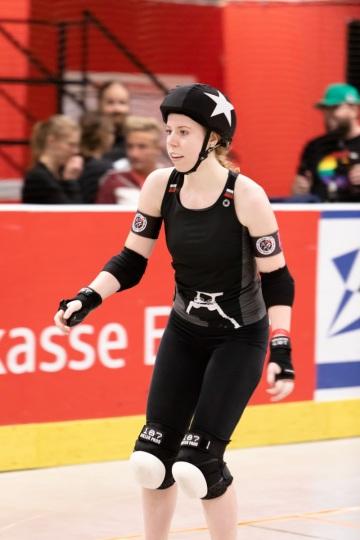 Thorsten-Lasrich-RuhrPott-Roller-Girls-vs-Blockforest-Roller-Derby-126