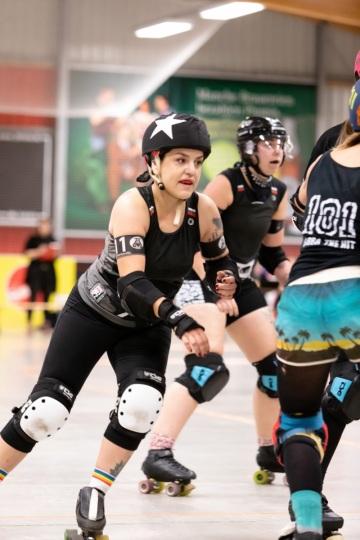 Thorsten-Lasrich-RuhrPott-Roller-Girls-vs-Blockforest-Roller-Derby-13