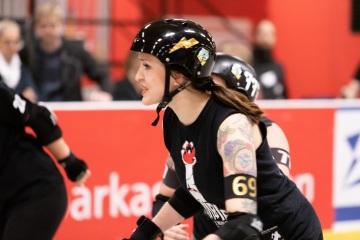 Thorsten-Lasrich-RuhrPott-Roller-Girls-vs-Blockforest-Roller-Derby-135