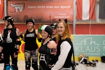 Thorsten-Lasrich-RuhrPott-Roller-Girls-vs-Blockforest-Roller-Derby-144