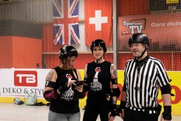 Thorsten-Lasrich-RuhrPott-Roller-Girls-vs-Blockforest-Roller-Derby-145