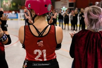 Thorsten-Lasrich-RuhrPott-Roller-Girls-vs-Blockforest-Roller-Derby-148