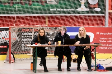 Thorsten-Lasrich-RuhrPott-Roller-Girls-vs-Blockforest-Roller-Derby-19