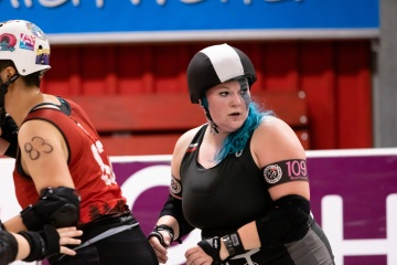 Thorsten-Lasrich-RuhrPott-Roller-Girls-vs-Blockforest-Roller-Derby-28