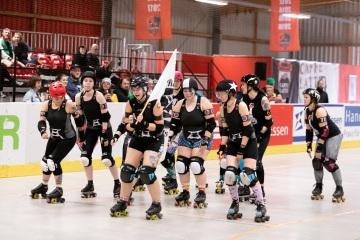 Thorsten-Lasrich-RuhrPott-Roller-Girls-vs-Blockforest-Roller-Derby-3