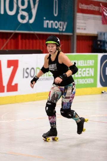 Thorsten-Lasrich-RuhrPott-Roller-Girls-vs-Blockforest-Roller-Derby-34