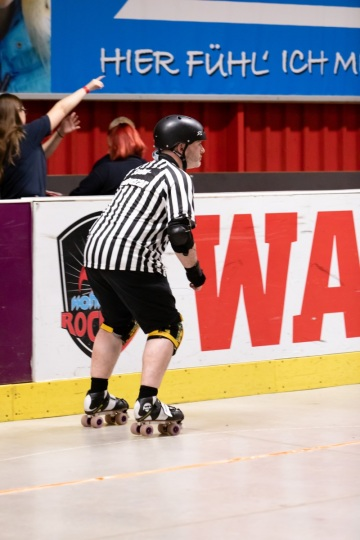 Thorsten-Lasrich-RuhrPott-Roller-Girls-vs-Blockforest-Roller-Derby-40