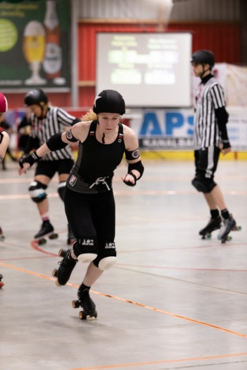 Thorsten-Lasrich-RuhrPott-Roller-Girls-vs-Blockforest-Roller-Derby-7