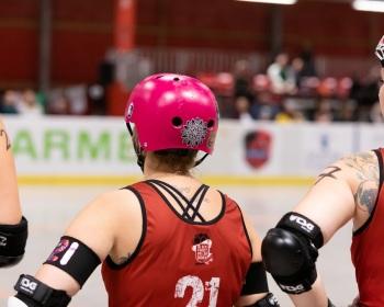 Thorsten-Lasrich-RuhrPott-Roller-Girls-vs-Blockforest-Roller-Derby-1