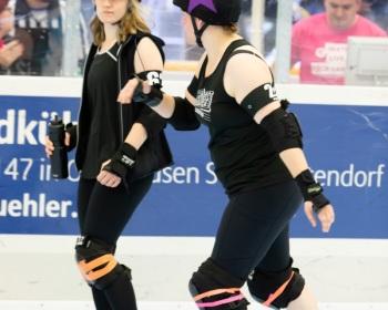 Thorsten-Lasrich-Pinktober-Bout-vs-Unbreakabellas-11