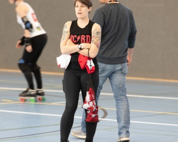 Thorsten-Lasrich-Zombie-Rollergirlz-vs-Bear-City-Roller-Derby-10