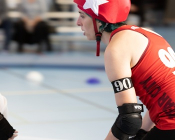 Thorsten-Lasrich-Zombie-Rollergirlz-vs-Bear-City-Roller-Derby-17