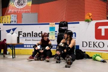 Thorsten-Lasrich-RuhrPott-Rollergirls-vs-Riot-Rollers-Darmstadt-120