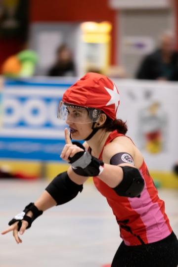 Thorsten-Lasrich-RuhrPott-Rollergirls-vs-Riot-Rollers-Darmstadt-13