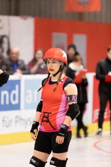 Thorsten-Lasrich-RuhrPott-Rollergirls-vs-Riot-Rollers-Darmstadt-15