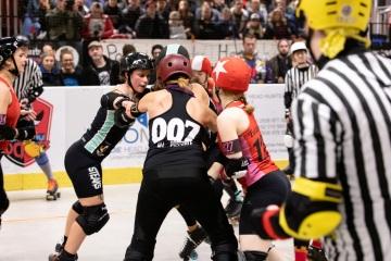 Thorsten-Lasrich-RuhrPott-Rollergirls-vs-Riot-Rollers-Darmstadt-18