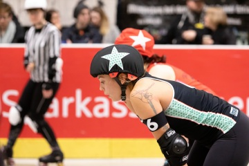 Thorsten-Lasrich-RuhrPott-Rollergirls-vs-Riot-Rollers-Darmstadt-35