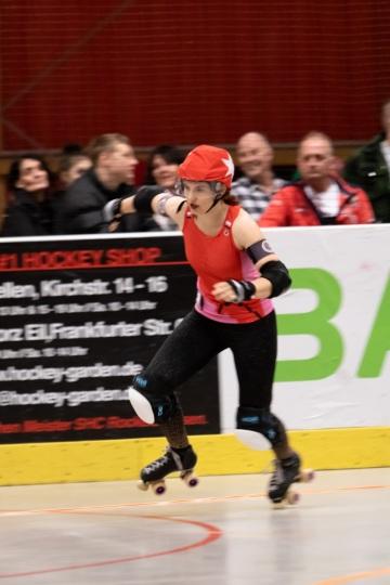 Thorsten-Lasrich-RuhrPott-Rollergirls-vs-Riot-Rollers-Darmstadt-48