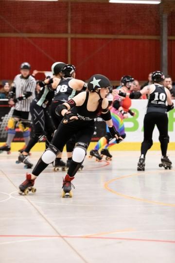 Thorsten-Lasrich-RuhrPott-Rollergirls-vs-Riot-Rollers-Darmstadt-49