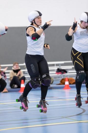 Thorsten-Lasrich-Battlecats-Rollergirls-Zombie-Rollergirlz-vs-Rollerderby-Erfurt-10