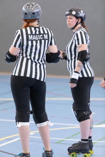 Thorsten-Lasrich-Battlecats-Rollergirls-Zombie-Rollergirlz-vs-Rollerderby-Erfurt-14