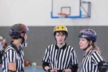 Thorsten-Lasrich-Battlecats-Rollergirls-Zombie-Rollergirlz-vs-Rollerderby-Erfurt-38