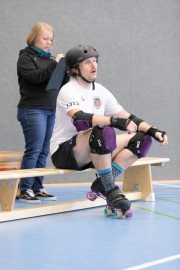 Thorsten-Lasrich-Battlecats-Rollergirls-Zombie-Rollergirlz-vs-Rollerderby-Erfurt-52