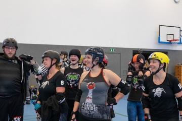 Thorsten-Lasrich-Battlecats-Rollergirls-Zombie-Rollergirlz-vs-Rollerderby-Erfurt-59