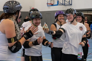 Thorsten-Lasrich-Battlecats-Rollergirls-Zombie-Rollergirlz-vs-Rollerderby-Erfurt-60