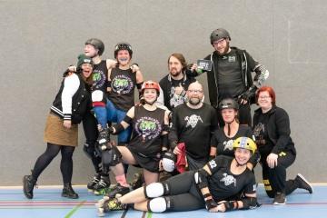 Thorsten-Lasrich-Battlecats-Rollergirls-Zombie-Rollergirlz-vs-Rollerderby-Erfurt-62