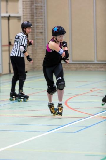 Thorsten-Lasrich-Arnhem-Fallen-Angels-Twente-vs-Mine-Monsters-Oberhausen-Zombie-Rollergirlz-33