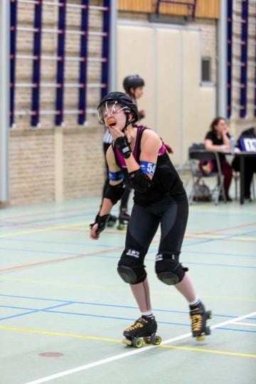 Thorsten-Lasrich-Arnhem-Fallen-Angels-Twente-vs-Mine-Monsters-Oberhausen-Zombie-Rollergirlz-34