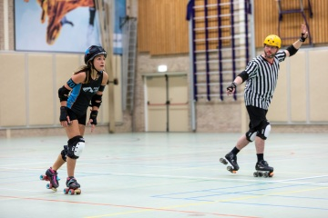 Thorsten-Lasrich-Arnhem-Fallen-Angels-Twente-vs-Mine-Monsters-Oberhausen-Zombie-Rollergirlz-49