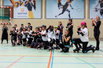 Thorsten-Lasrich-Arnhem-Fallen-Angels-Twente-vs-Mine-Monsters-Oberhausen-Zombie-Rollergirlz-53