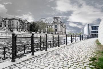 Blick über die Spree auf den Reichstag