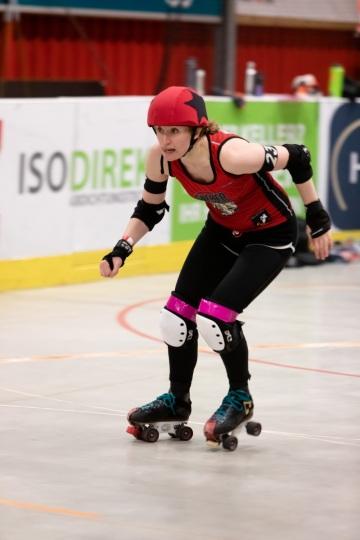 Thorsten-Lasrich-Ruhrpott-Rollergirls-vs-Sucker-Punch-Roller-Derby-113