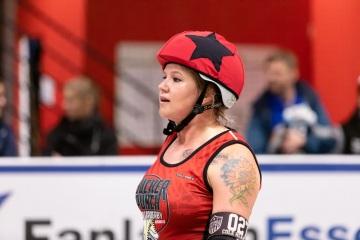 Thorsten-Lasrich-Ruhrpott-Rollergirls-vs-Sucker-Punch-Roller-Derby-114