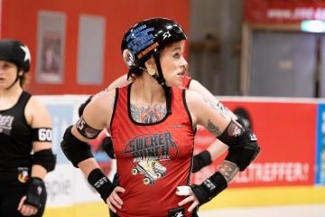 Thorsten-Lasrich-Ruhrpott-Rollergirls-vs-Sucker-Punch-Roller-Derby-126