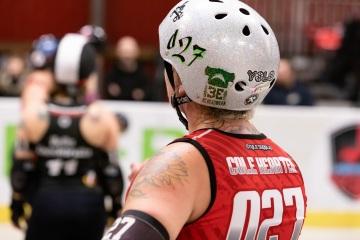 Thorsten-Lasrich-Ruhrpott-Rollergirls-vs-Sucker-Punch-Roller-Derby-131
