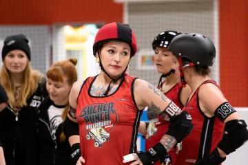 Thorsten-Lasrich-Ruhrpott-Rollergirls-vs-Sucker-Punch-Roller-Derby-144