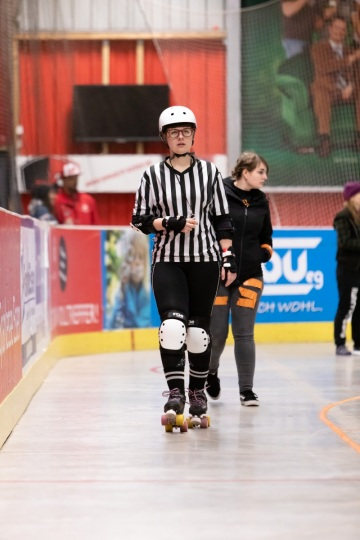Thorsten-Lasrich-Ruhrpott-Rollergirls-vs-Sucker-Punch-Roller-Derby-19