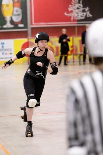 Thorsten-Lasrich-Ruhrpott-Rollergirls-vs-Sucker-Punch-Roller-Derby-27
