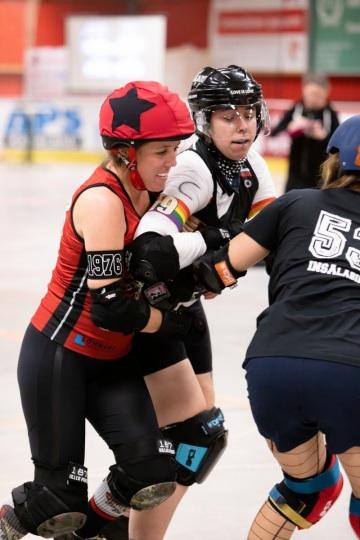 Thorsten-Lasrich-Ruhrpott-Rollergirls-vs-Sucker-Punch-Roller-Derby-30